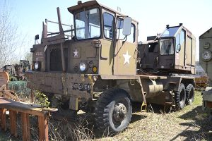 American Crane 2360